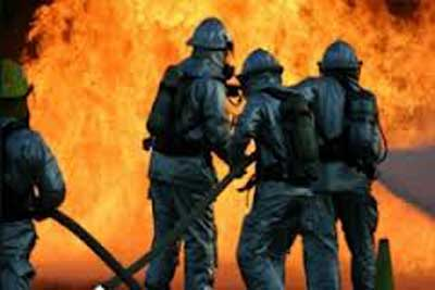 مهار آتش سوزی در دی کلینیک نبی اکرم